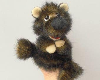 Bear cub. Small brown bear. For little hands. Bibabo. Toy glove. Marionette.