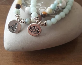 Amazonite, rock crystal and white howlite, set of 3 bracelets.