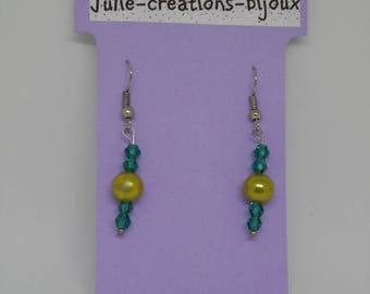 Earrings in Pearly beads and bicone beads