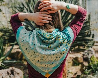 Silk bandana, syntethic silk scarf, Neckerchief, foulard, green graphic designer scarf, summer scarf, colourful bandana, square silk