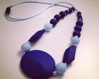 Blue necklace for mama and dad