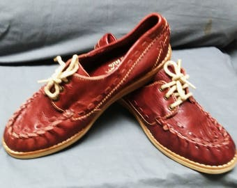 Rust, leather moccasin type tie oxfords Great detailing.Leather heel sandwiched between  padded insole and non slip sole Sz 4 girls; 5 1/2 W