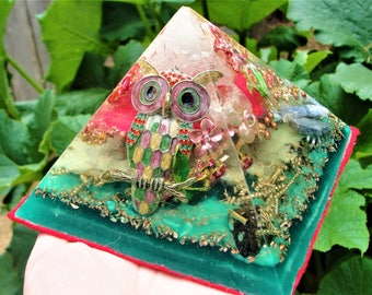 """Forest Owl Orgonite Glow in the Dark Pyramid 5 x 3.75"""" Crystal Energy Free Gift"""