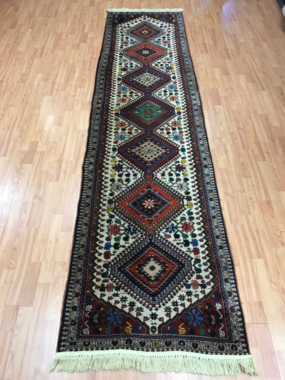 "2'9"" x 10'10"" Persian Yalameh Floor Runner Oriental Rug - 1960s - Hand Made - 100% Wool"