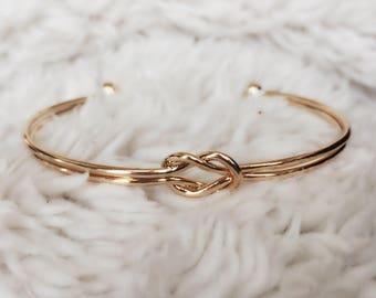 Adjustable Bangle Knot Bracelet / Gold Love Knot / Double Knot Bangle Charm Bracelet / BR12