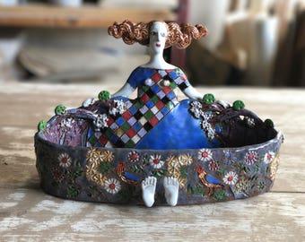 Ceramic sculpture // Clay sculpture / Ceramic bowl / Female sculpture / Handmade pottery / Contemporary ceramics  / Home decoration