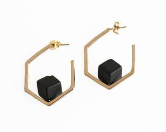 SALE - gold hexagon earrings,onyx earrings,gold earrings,geometric earrings,hexagon hoop earrings,statement earrings,shizing