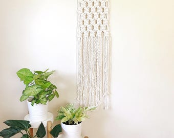 Macrame Wall Hanging, Woven Wall Hanging, Jungalow Decor, Nursery Decor, Macrame Wall Art, Wall Hanging Tapestry, Plant Lady, 70s decor