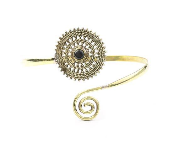 Mandala Magic Upper Arm Cuff, Brass Black Onyx Arm Band, Festival, Gypsy, Boho, Bohemian, Gemstone, Hippie, Mandala
