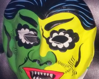 Fun World VAMPIRE - Vintage HALLOWEEN MASK - Collegeville Costumes / Ben Cooper - Monster