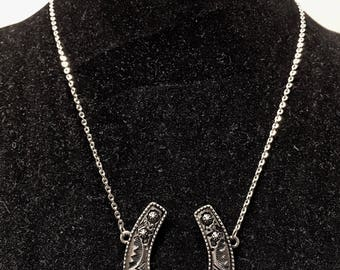 Silver and turquoise horseshoe necklace