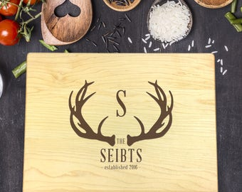Personalized Cutting Board, Engraved Cutting Board, Antler Deer Cutting Board, Wedding Gift, Housewarming Gift, Christmas Gift, B-0075