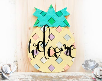 Pineapple door hanger, Pineapple wood wreath for front door, Pineapple welcome sign, Summer wreath, Summer door hanger, Summer outdoor decor