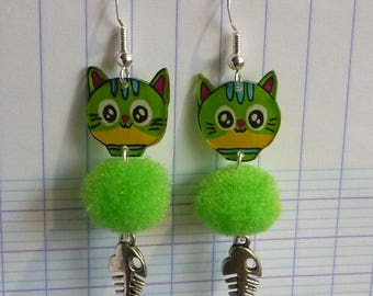 Plastic earrings in sterling silver 925 green kawaii cat crazy crazy edge green tassel and hand-painted fish