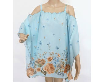 FLORAL SUMMER PONCHO Turquoise Caftan Blouse Light Shirt for a woman For every occasion One size Oversize xl Summer flower design