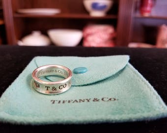 """Vintage 1997 TIFFANY & CO 925 (Sterling Silver) """"1837"""" Ring Size 6.5"""