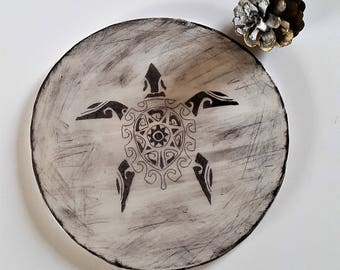 Trivet ceramic turtle Polynesian / / ceramic gift idea / / flat gift / / ceramic plate / / gift for Dad / / Valentine's day gift