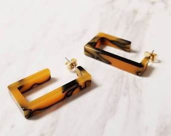 Dark Gold Marble Rectangle Hoop  Earring, Simple Minimalist Tortoise earrings