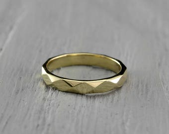 Yellow gold faceted wedding band, 3mm faceted ring, Womens gold wedding band, Mens wedding band, Unusual wedding band, 14K Solid Gold
