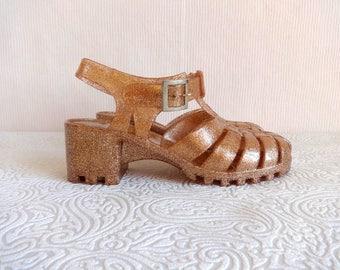 Vintage Golden Color Glittered Jelly Sandals Midi Heel Women's Fashion 90s Rain Sandals Chunky Heel Slingback Jellies EU 40