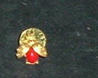 LADY BUG Pin Back