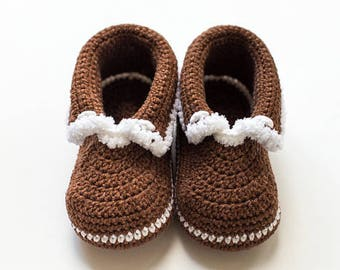 Brown Baby mocassins Baby reveal box Baby moccasins Baby uggs Baby moccs Baby sandals Soft sole baby shoes All baby sizes Baby handmade shoe