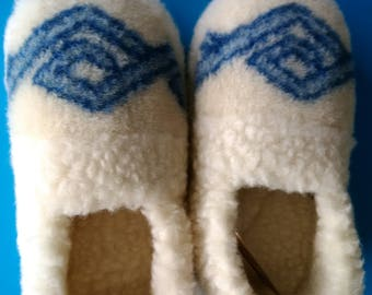 wool shoes | handmade house slippers | warm slippers | Christmas gift