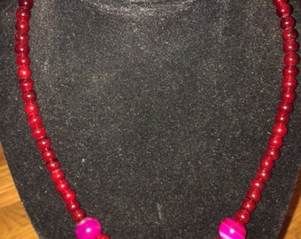 Maroon and pink beaded choker with magnetic clasp
