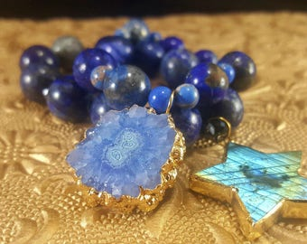 StarLight - Chunky Blue Lapis, Crystal, Gold Labradorite Star Pendant Stretch Stack Bracelet