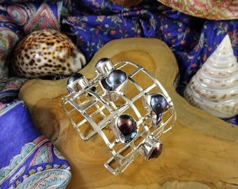 mind blowing black pearl cuff set in 925 sterling silver