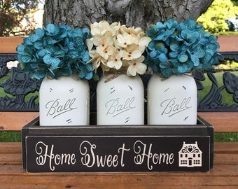 Living Room Decor, Home Sweet Home, Country Home Decor, Mason Jars With Flowers, Southern Home Decor, Modern Farmhouse Decor, Rustic Chic