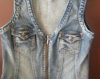 Ladies Harley Davidson denim vest. size Medium
