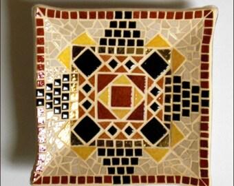 Briare mosaic plate