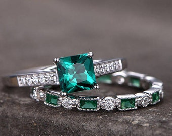 Emerald Engagement Ring CZ Emerald Wedding Band Full Eternity 6mm Princess Cut Lab Created Green Gems Promise Ring Silver White Gold Plated