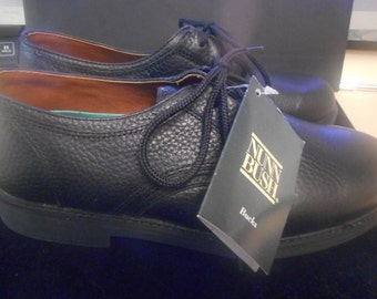 Supper Comfortable Shoes,   Size 71/2 M   by NUNN BUSH  Bucks    Never Worn,   Still With Tags On
