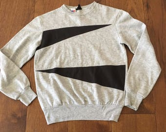 90's Women's Sweatshirt T-Flirt made in USA sweatshirt
