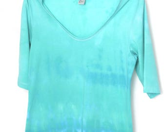 tie dye top size M/L, turquoise/ green