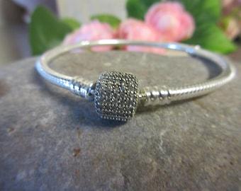 """Authentic Pandora Signature Clasp Bracelet Clear CZ 7"""" 590723CZ FREE Pandora Gift Bag/Velvet Pouch"""