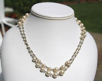 Vintage long pearl chain linked necklace