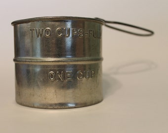 Vintage Mini Two Cup Flour Sifter - Made in USA
