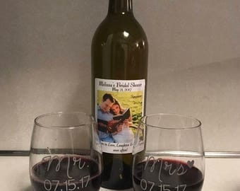 Personalized Set of Mr. & Mrs. Wine Glass