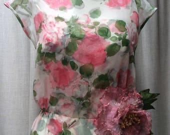 Very Pretty...1960s Blush Rose print shift dress by Marion McCoy / California.