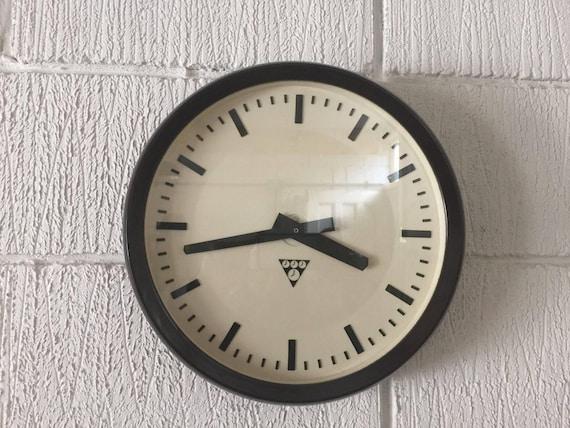 Czech 1960's Bakelite Office / Factory Clock By Pragotron