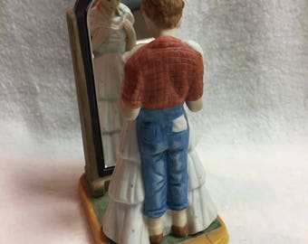 Norman Rockwell Prom Dress Figurine (#099)