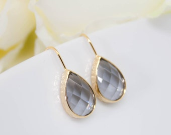 Drop of grey shiny hammered yellow gold earrings