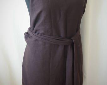 Dark brown apron