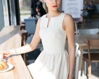 FLIRTY ecru dress