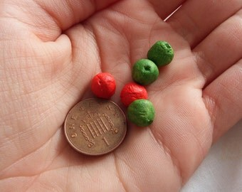Miniature Red and Green Apples - set of 5
