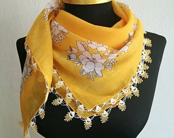 Turkish scarf, yellow oya scarf with needle lace edging, cotton oya scarf with needle lace edge