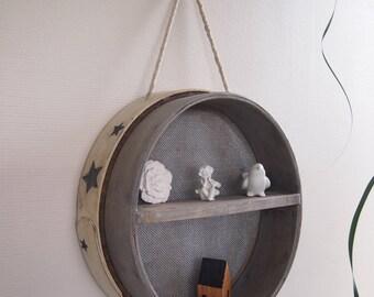 shelf, wooden sieve